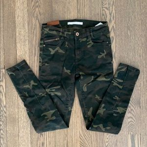 Zara Camouflage Trafaluc Denim Wear Size 2
